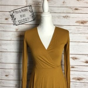 Forever 21 Long Sleeve Dress Size Small